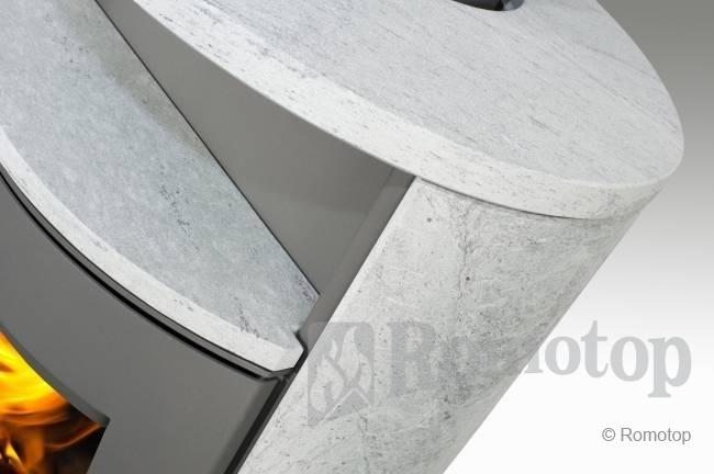 Romotop LUGO (žema) su akmens apdaila ir akumuliacija